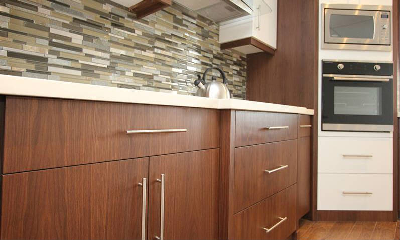 Clean Your Wood Kitchen & Bathroom Cabinets